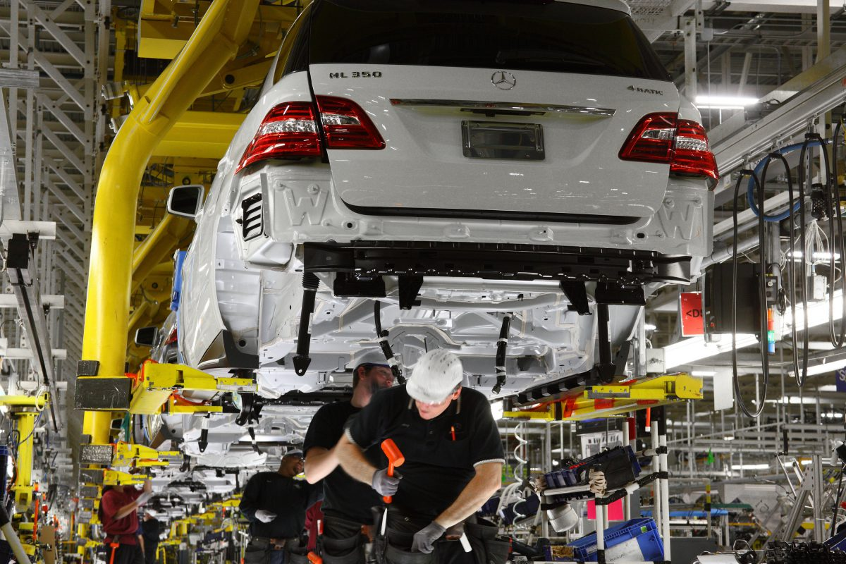 Daimler Executive Alabama Plant Is Proud Story Of Success For Mercedes Benz Made In Department Commerce