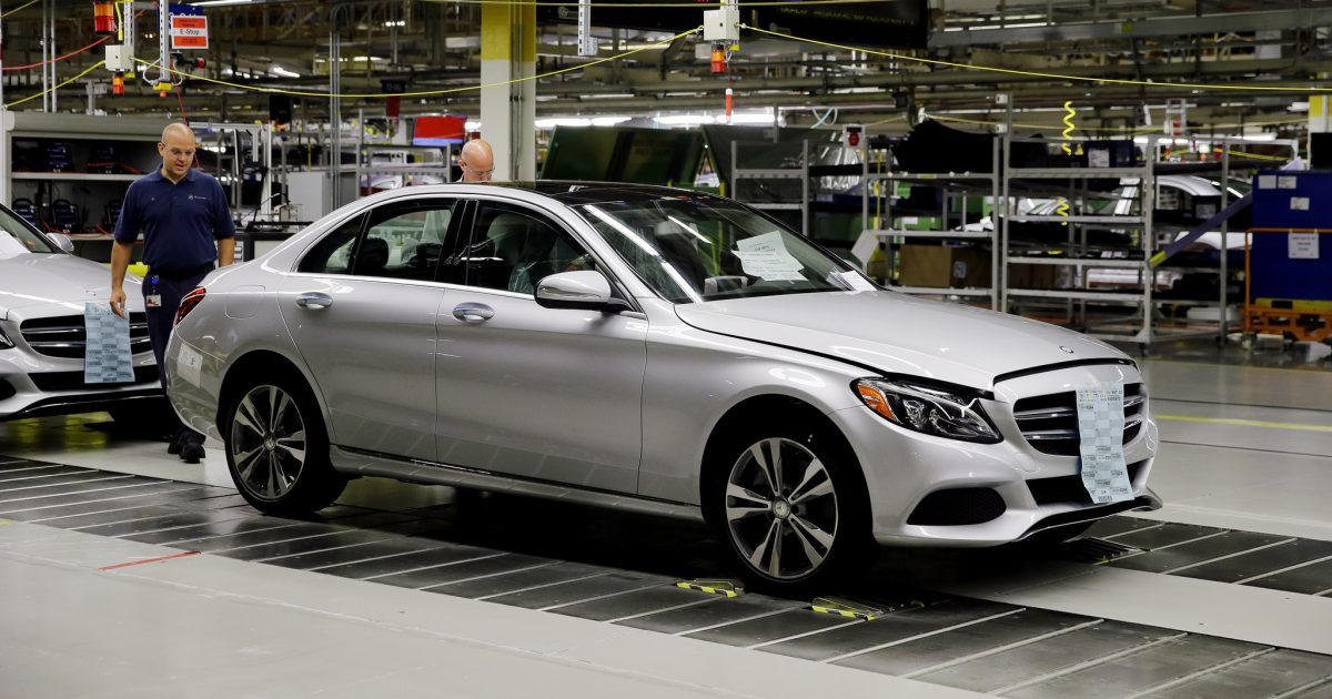 Mercedes benz to boost annual alabama output to 300 000 for Mercedes benz jobs tuscaloosa