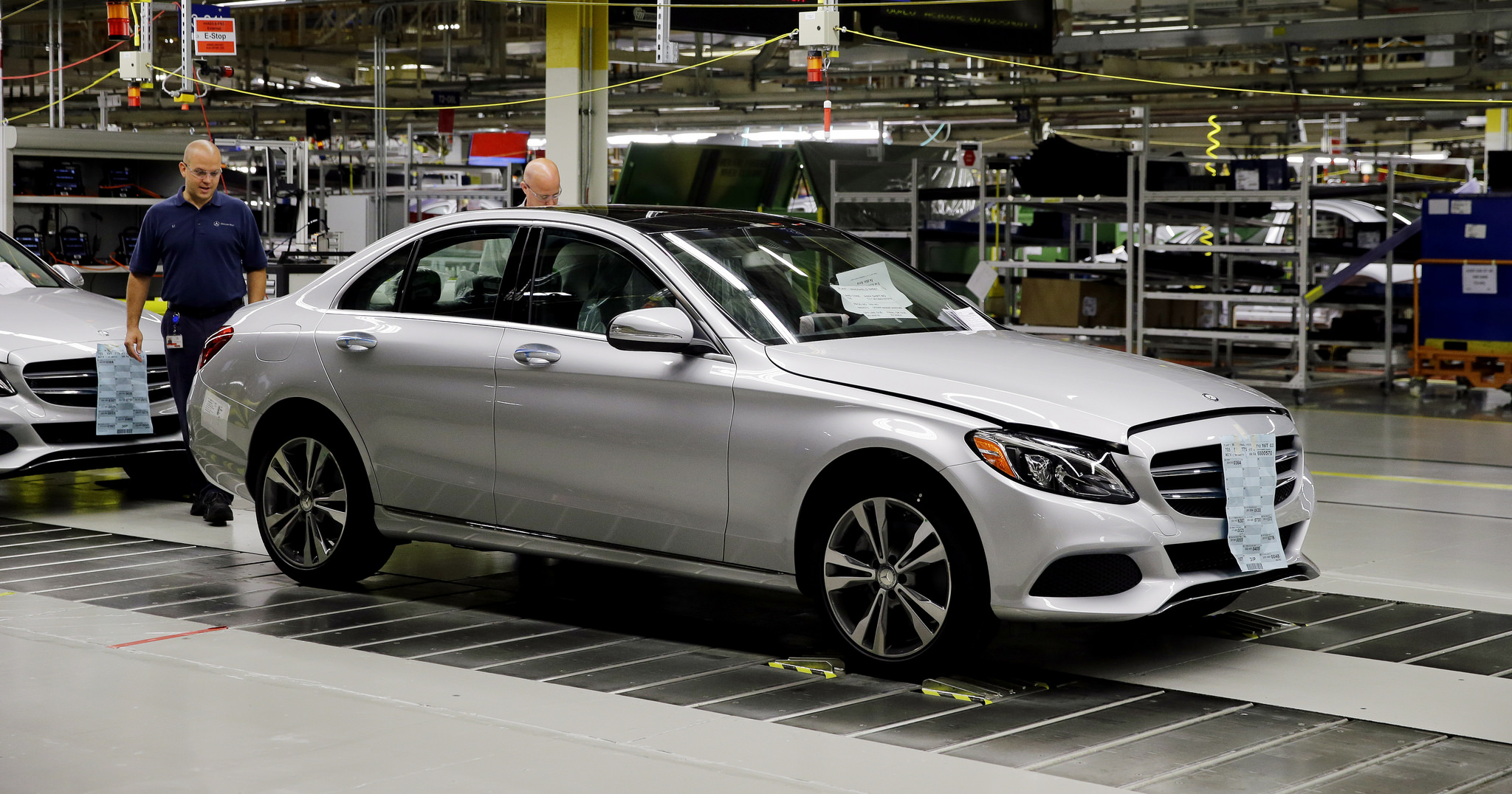 The all new mercedes benz c class on the assembly line at for Mercedes benz manufacturing plant in usa