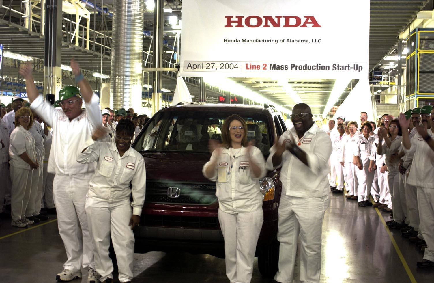 Perfect Honda Debuts Redesigned Alabama Made Pilot At Chicago Auto Show