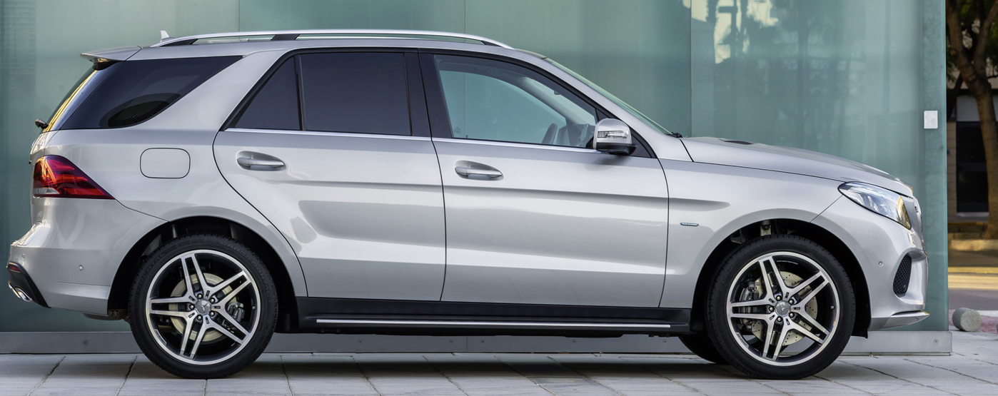 Mercedes m class gets new name look at new york auto show for Mercedes benz gle550e