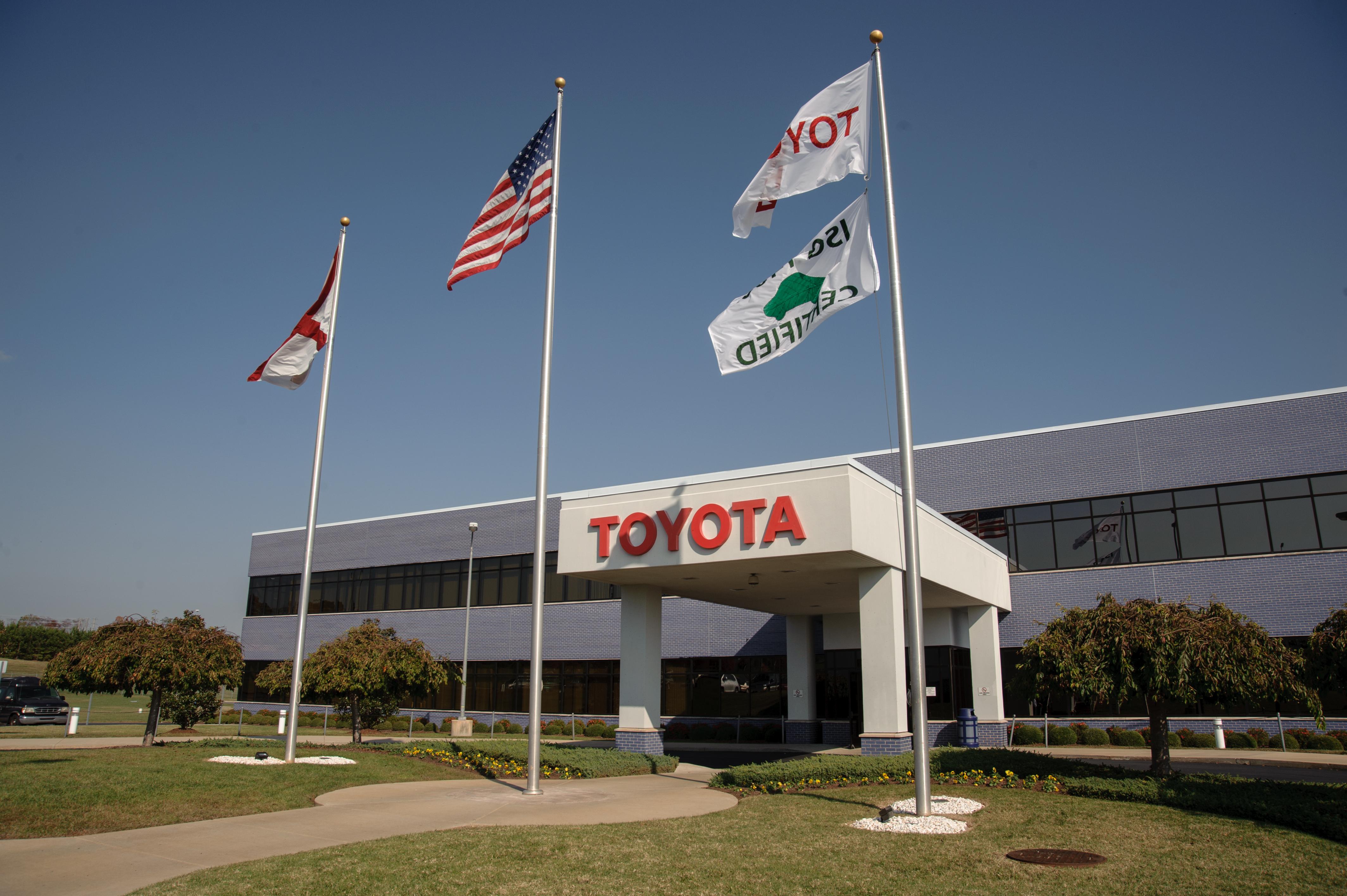 Toyota Alabama Produces Milestone 4 Millionth Engine