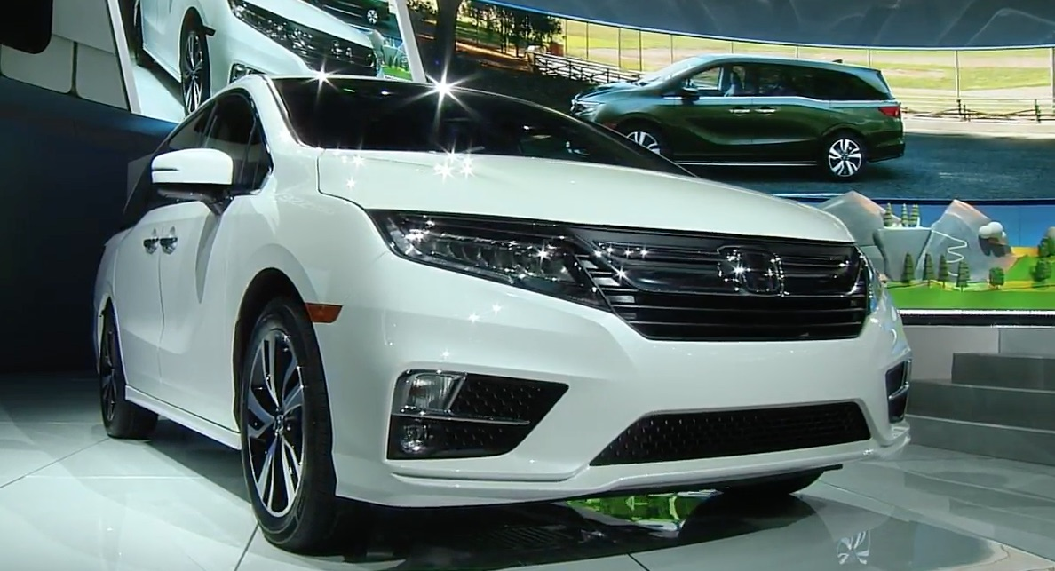 honda 39 s alabama made odyssey takes center stage at detroit auto show. Black Bedroom Furniture Sets. Home Design Ideas